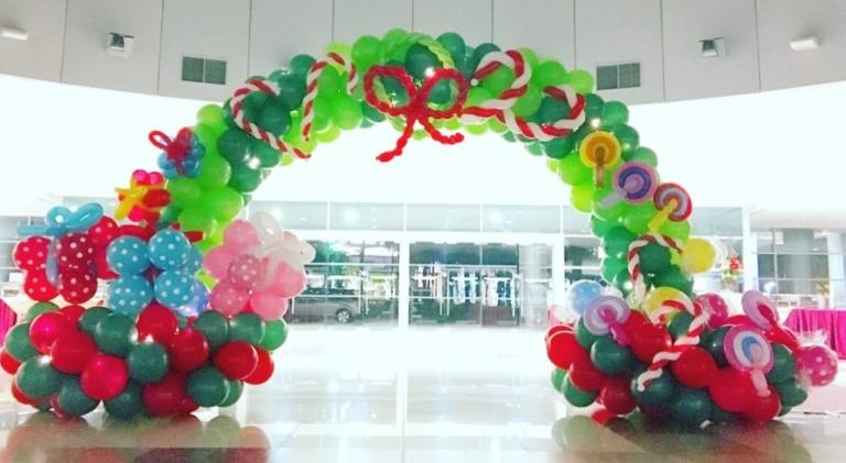 Inaugurazione supermercati con palloncini