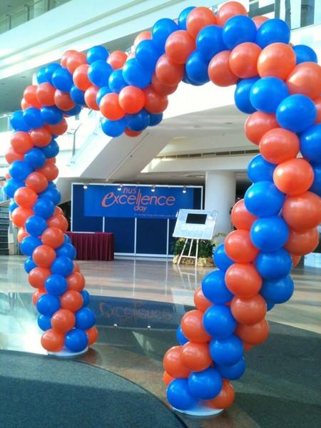 Inaugurazione con palloncini