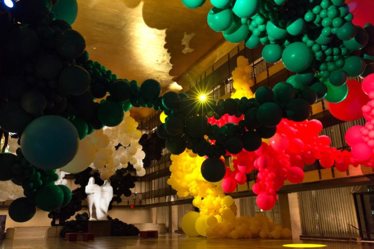 Allestimenti eventi palloncini Como