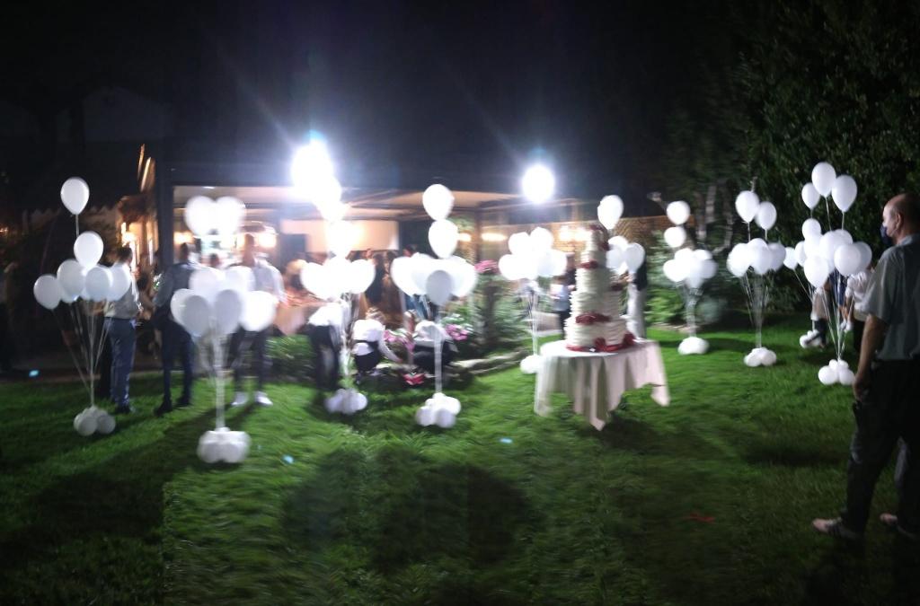 matrimonio allestimento festa all'aperto