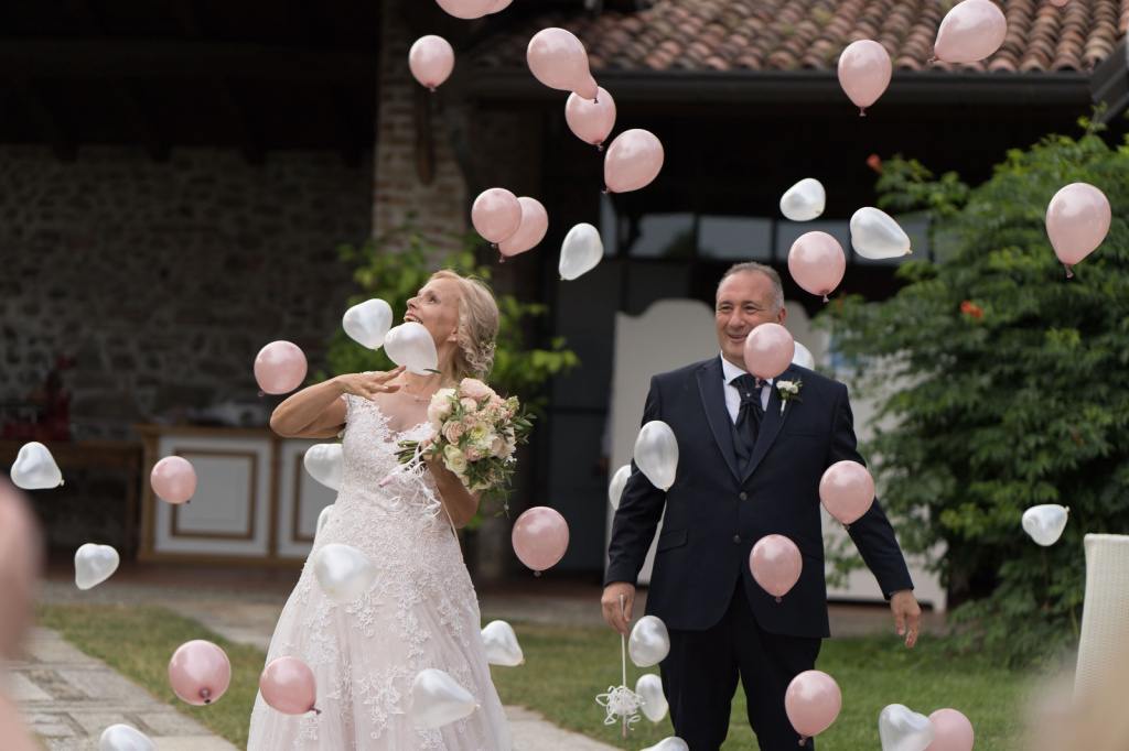 Allestimento con palloncini per matrimoni