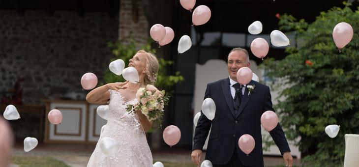Allestimento con palloncini per sposa